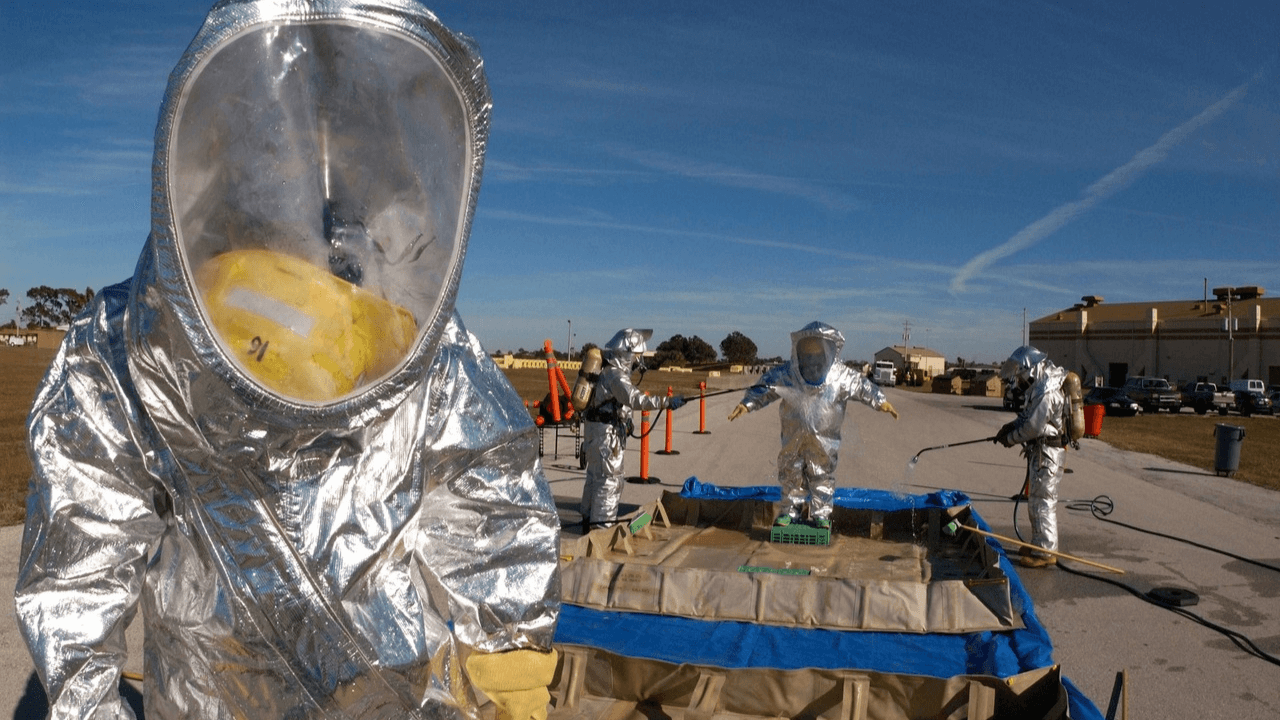 Chemical_Emergency_with_Hazmat_Suits